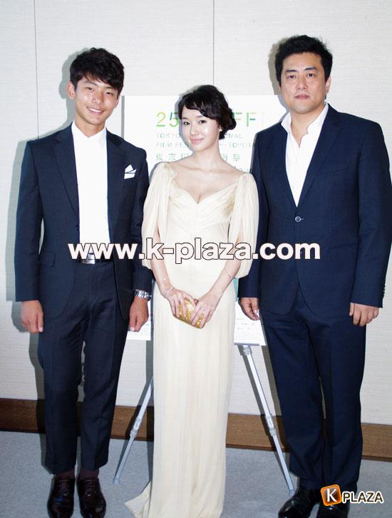 イ・ジョンヒョン、ソ・ヨンジュ、カン・イグァン監督の写真2