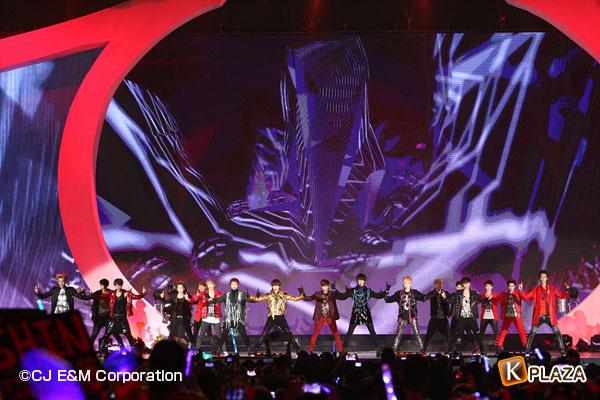 2012MAMA_2ndshow_Shinee&EXO-(6)