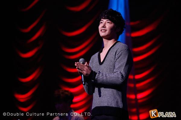 ユン・サンヒョンクリスマスライブの写真8