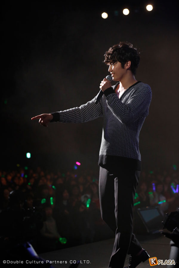 ユン・サンヒョンクリスマスライブの写真10