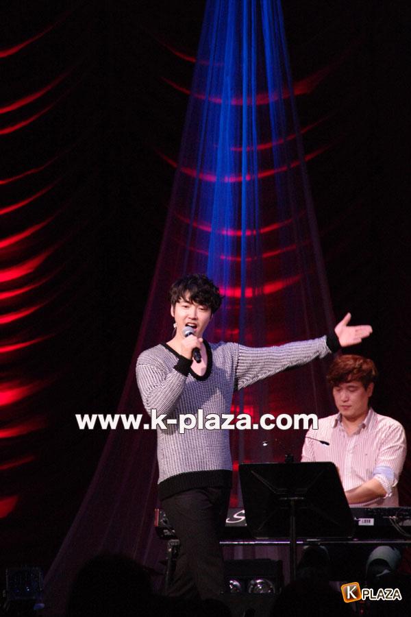 ユン・サンヒョンクリスマスライブの写真7