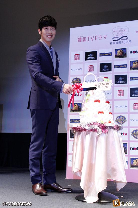キム・ジェウォンの写真3