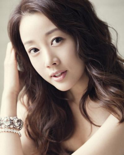 ユン・ソナの写真