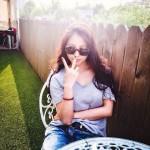 BoA(ボア)、屋外カフェでの日常ショットはまるで写真集みたい?!