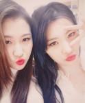 15&ペク・イェリン、ソンミとそっくりのツーショット写真公開!姉妹みたい?!