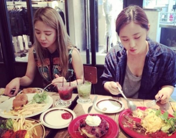 少女時代ヒョヨン&ユリの写真