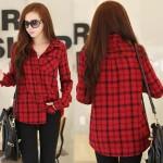 大人可愛い赤チェックシャツ!無数のホールデザインがオシャレ♪シンプルTシャツ