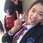 ドラマ「ピノキオ」パク・シネ、可愛すぎる笑顔の制服姿を公開!!