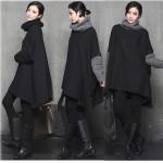 ブラックを素敵に着こなそう♪タートルネックポンチョ風コート、中綿ジャケット、起毛スーツパンツ