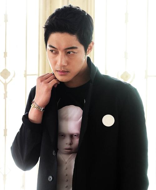 キム・ヒョンジュンの写真