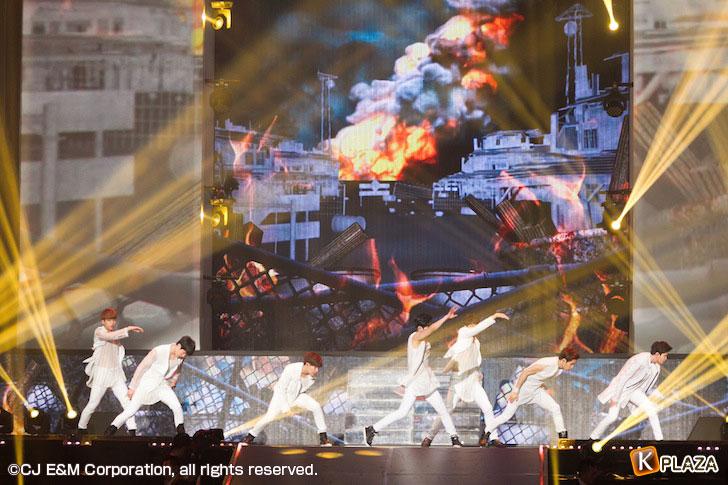 KCON-2015-Japan×M-COUNTDOWN_INFINITE-(4)