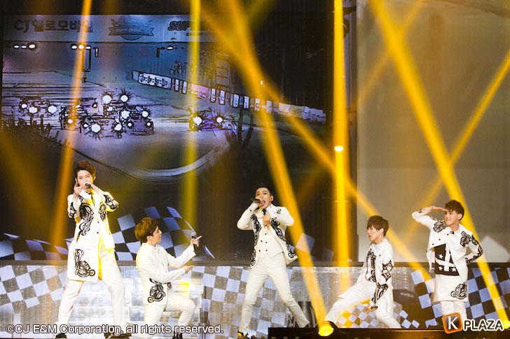 KCON-2015-Japan×M-COUNTDOWN_BIGFLO-(1)