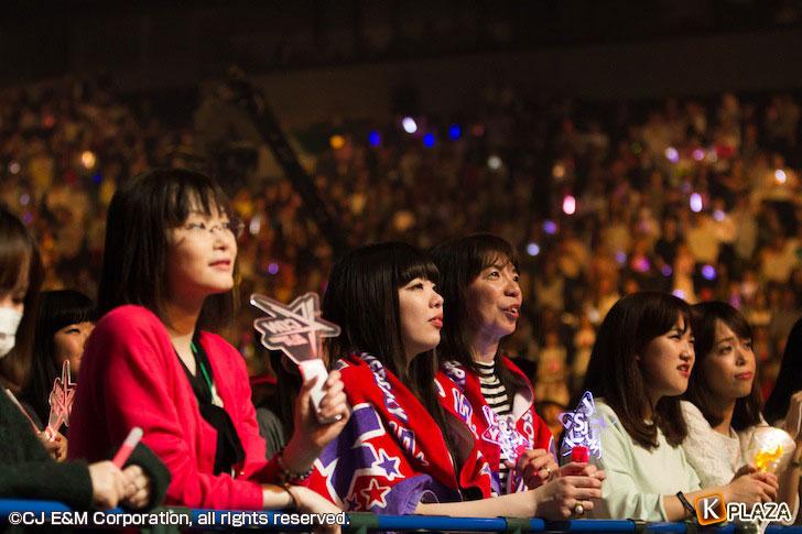 KCON-2015-Japan×M-COUNTDOWN_Fans-(3)