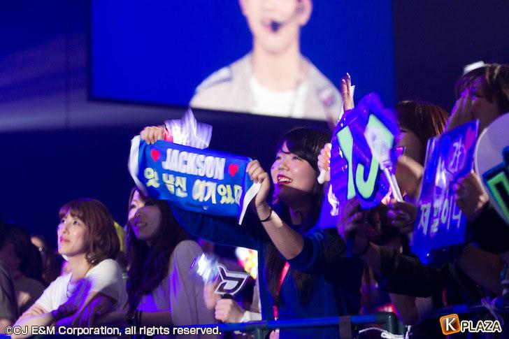 KCON-2015-Japan×M-COUNTDOWN_Fans-(2)