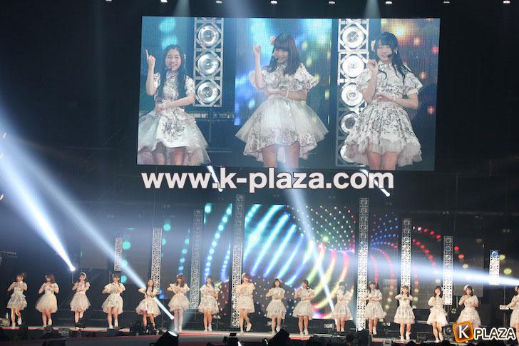 AKB48-(2)
