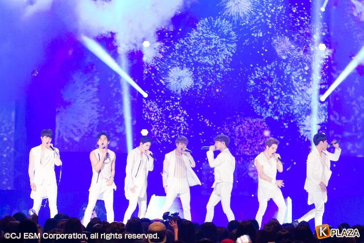 KCON-2015-Japan×M-COUNTDOWN_INFINITE-(1)