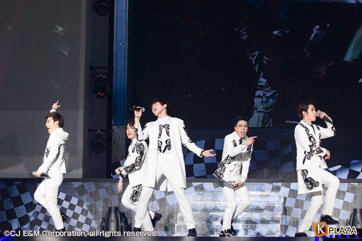 KCON-2015-Japan×M-COUNTDOWN_BIGFLO-(3)