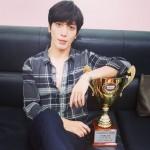 CNBLUEヨンファ、「SHOW CHAMPION」1位認証ショット公開、ファンに感謝示す!