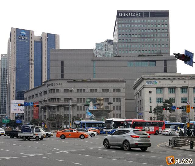 新世界百貨店とウリ銀行