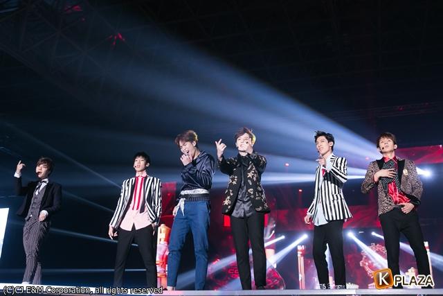 KCON 2016 Japan_BOYFRIEND (6)-056