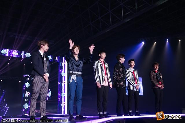 KCON 2016 Japan_BOYFRIEND (8)-058