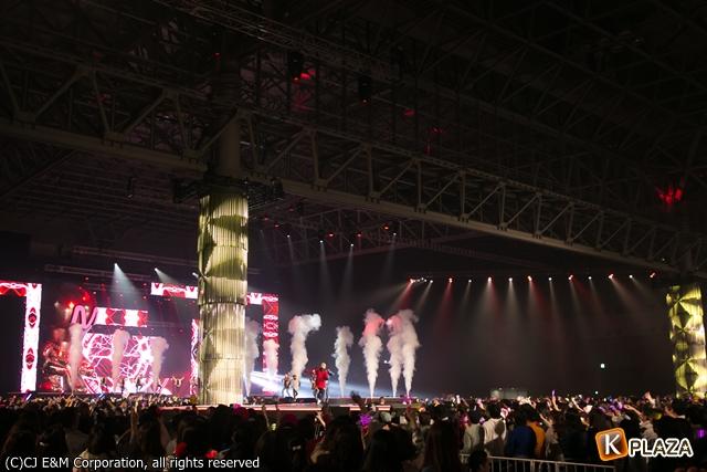 KCON 2016 Japan_会場 (7)-108