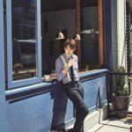 ユ・ヨンソク、大人のソフトな魅力を韓国雑誌MUINE9月号のグラビアで披露!