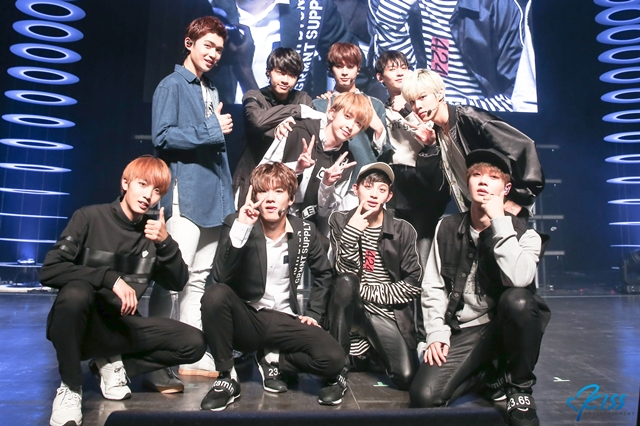 up10tion_0324-3