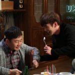 ユ・スンホ、笑い堪えられず大先輩の名優にハグ連発!?「リメンバー~記憶の彼方へ~」DVDリリース記念特典映像一部公開