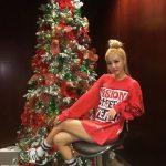 DARA、2NE1解散後の近況を公開!金髪カラー&セクシースタイルに注目集まる