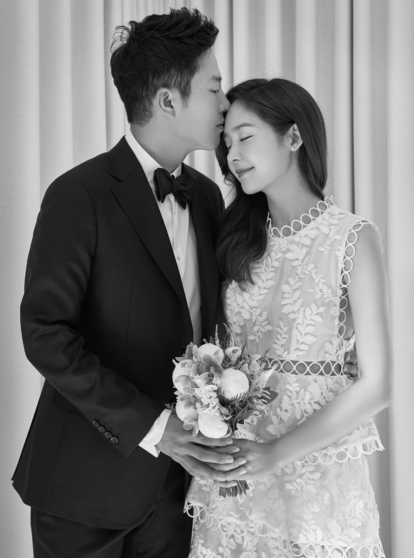 「ソンユリ 結婚式」の画像検索結果