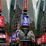 Wanna Oneカン・ダニエル、ファンが米タイムズスクエアに誕生日広告をプレゼント!