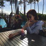 シン・セギョン、ハワイから清純な美貌をSNSで披露して話題に!