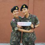 Highlightユン・ドゥジュン&BTOBウングァン、訓練所での再会ショットを公開!