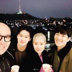 ミュージカル俳優キム・ナムホ、ラッパーCheetah&ナム・ヨヌカップルとの写真を公開して話題に