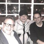 YGヤン・ヒョンソク代表、米大型レコード会社会長たちとの写真を公開で「BLACKPINK、全米進出本格化!?」