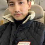 東方神起 チャンミン、日本へ向かう機内での写真公開!「風邪に気をつけてください」