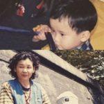 IU(アイユー)、可愛い幼少時代の写真を公開!「愛する弟の誕生日」を記念して
