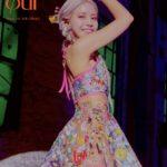 MAMAMOO ソラ、印象的なシースルーのビニールスカートファッションを披露、ソロデビューへの期待高まる!